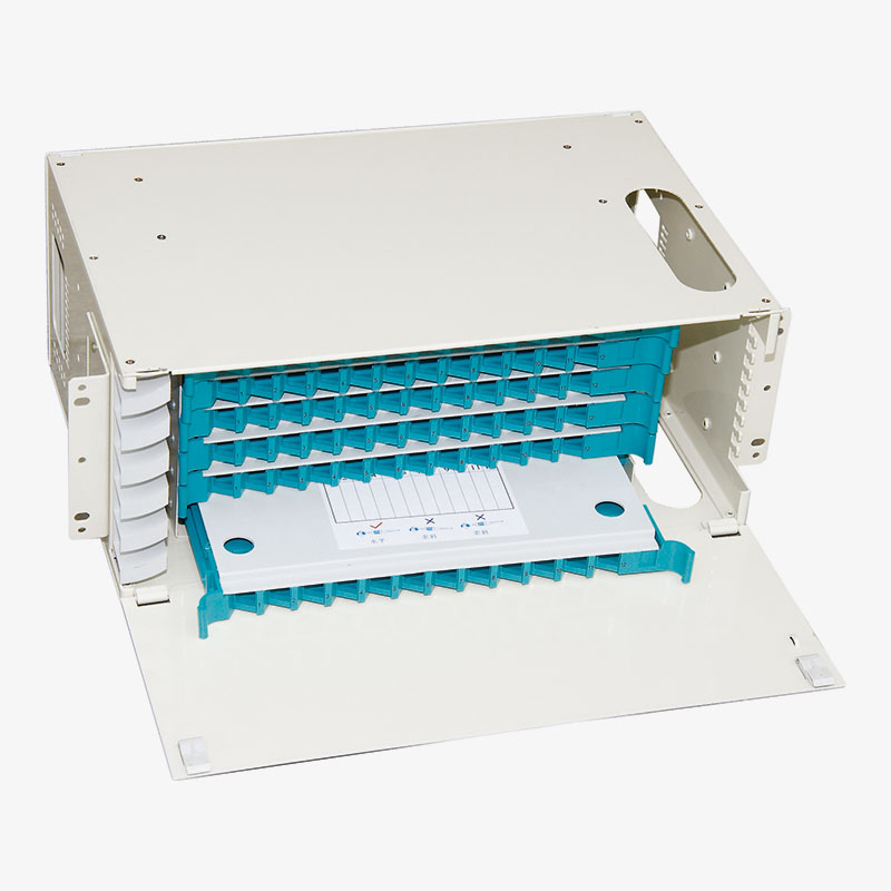 Fiber Optic Patch Panel with integrated cassette